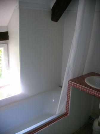 Salle de bains dans la sous-pente
