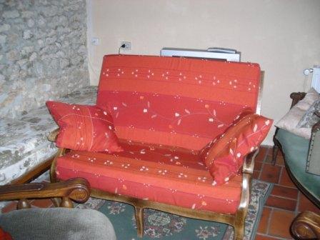 Le gros projet du séjour: habillage d'un petit canapé